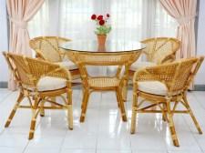 komplekt-mebeli-java-pelangi-cognac-dining-set-in-room.jpg